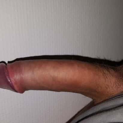 Penis zeigen mit Schatten