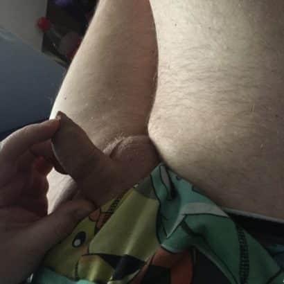 kleiner Penis anfassen