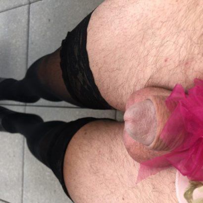 Mini Penis mit Schleife