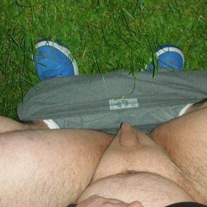 Mini Penis zeigen